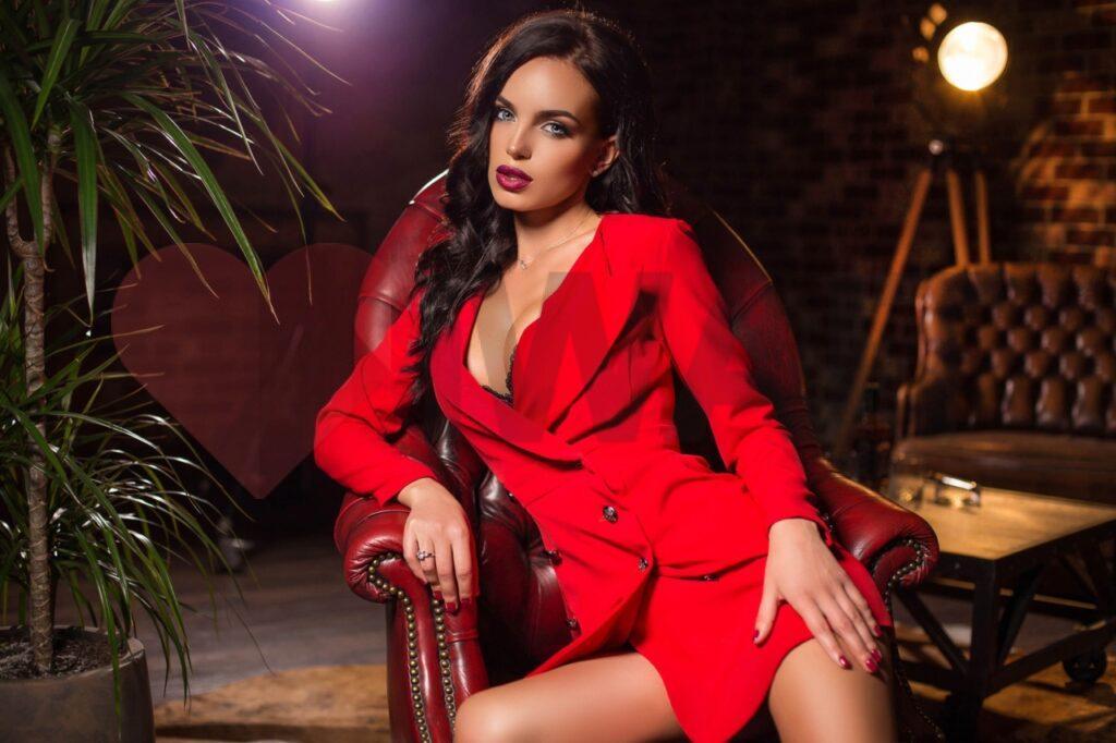Снять дешевую проститутку в Киеве
